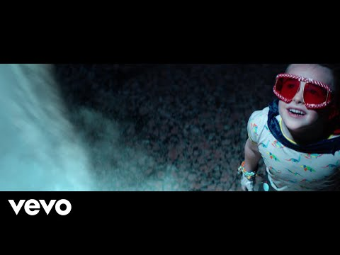 Video Little Big Town - Rocket Man (Official Music Video) download in MP3, 3GP, MP4, WEBM, AVI, FLV January 2017