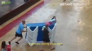 """Mistrzostwa """"Januszy i Grażyn"""" w rozkładaniu leżaków przy basenie w hotelu"""