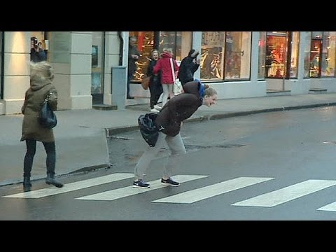 People - People Christmas shopping in downtown Aalesund had troubles crossing the street today. The storm... Let the pictures do the talking : subscribe to the no com...
