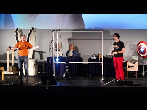Mechanical PONG controlled by the loudness of the audience.
