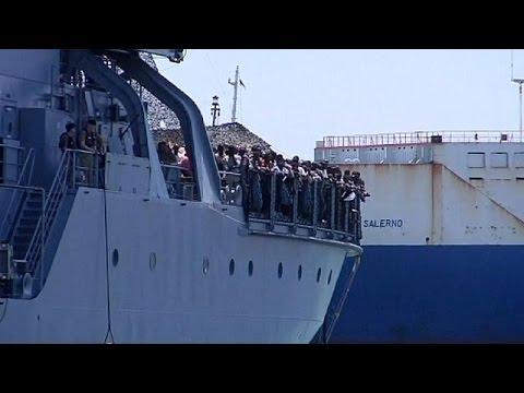 Ιταλία: Χιλιάδες μετανάστες διασώθηκαν το τελευταίο 24ωρο