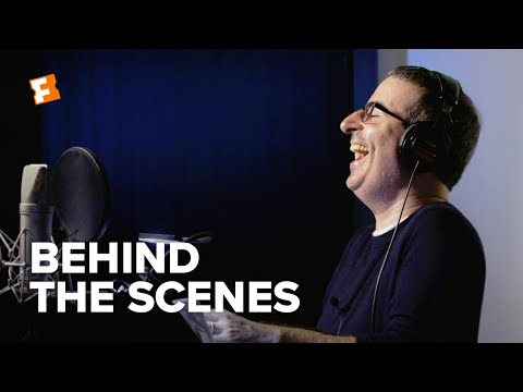 The Lion King Behind the Scenes - John Oliver (2019) | FandangoNOW Extras
