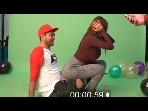 Video Pamela Safitri Lomba memecahkan balon Dengan Gaya Hot download in MP3, 3GP, MP4, WEBM, AVI, FLV January 2017