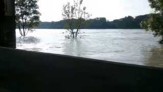 Hainburg Austria  city photos : Hainburg an der Donau - Hochwasser 2013 (HD)