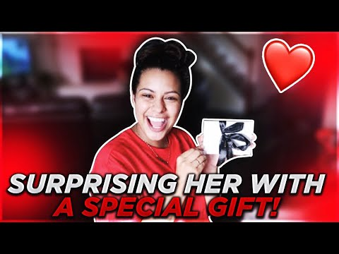 SURPRISING HER WITH A SPECIAL GIFT !!!! (видео)