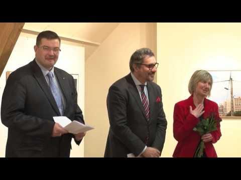 """Valmieras muzejā atklāj izstādi """"Esparū pils"""""""