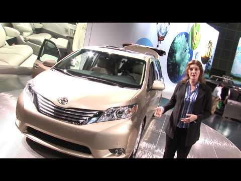 Sienna - Truck Trend's Allyson Harwood takes a look at Toyota's new Sienna minivan at the 2009 LA Auto Show.