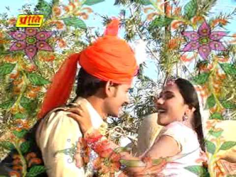 Video Emli Ke Niche Bnna-Rajasthani Sexy Hot Girl Dance Video New Song Of 2012 From Album Gadi Wala Bansa download in MP3, 3GP, MP4, WEBM, AVI, FLV January 2017