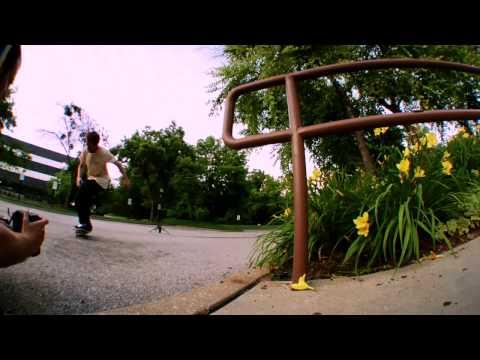 éS Skateboarding Video