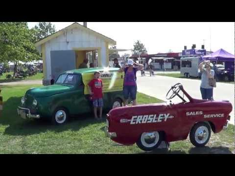 crosley - Quite a collection of Crosley autos.