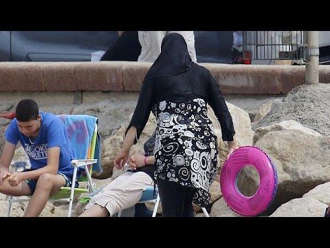 Γαλλία: Προσωρινή αναστολή της απαγόρευσης του μπουρκίνι