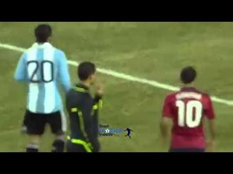 Người duy nhất có thể ngăn được Messi, đó là ... trọng tài