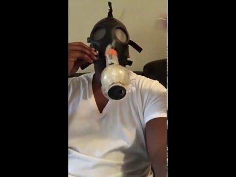 VIDEO: Laremy Tunsil Posts Bong Video
