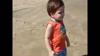 Lucas Pinheiro na praia da barra do Ceará
