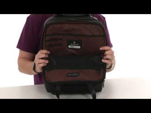 Victorinox - Century Vertical Wheeled Laptop Case      SKU:8729316