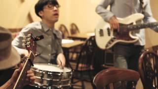THE KEYS - Johnny