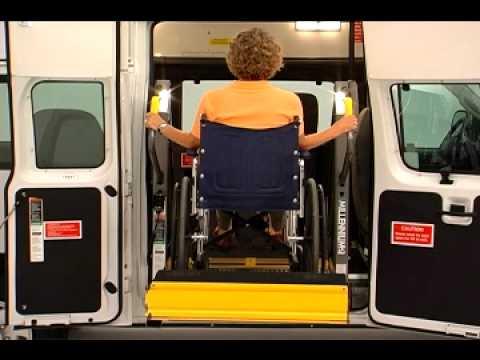 Braun Wheelchair Lift Operation - Schetky NW Bus Sales