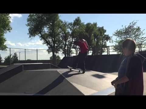 Jake Wall Skates Kuehn Park (music by Maxwell Tucker)