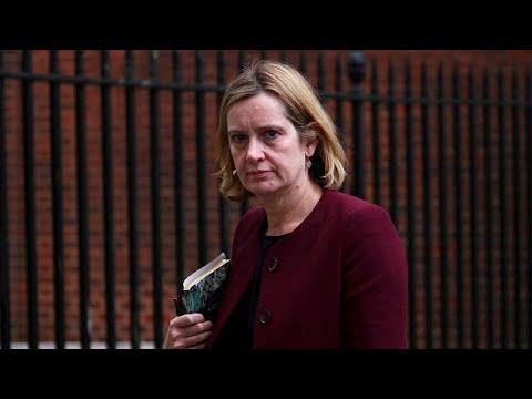 Βρετανία: Παραίτηση υπουργού για την υπόθεση των μεταναστών «Γουίντρας»…