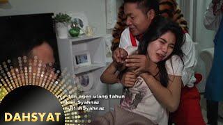 Video Tim Dahsyat bangunin paksa Syahnaz di hari Ulang Tahunnya [Dahsyat] [30 Okt 2015] MP3, 3GP, MP4, WEBM, AVI, FLV Mei 2018
