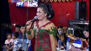 Gubug Asmoro - Warti feat Atim Campursari SI BOLANG Live in GAMBIRANOM 2016 VIDEO BY PANDAWA PRODUCTION CP. 0813 800 400 61 Like & Subscribe Untuk Update Vid...