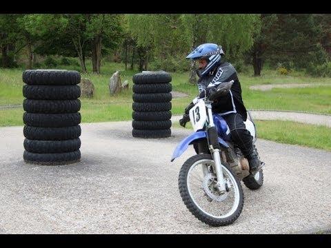 Ecole des motards de la Gendarmerie à Fontainebleau
