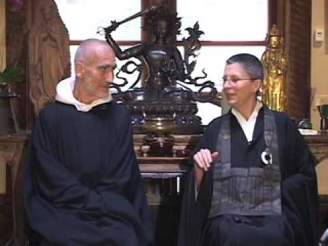Gratefulness - Upaya Zen Center www.upaya.org upaya@upaya.org This is a preview of a talk with Brother David Steindl-Rast and Roshi Joan Halifax. The full-length DVD will b...