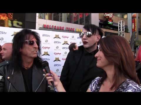 Manson - Frankie DiVita from 96.7 KCAL Rocks interviews Alice Cooper and Marilyn Manson on the Black Carpet at the 2013 Revolver Golden Gods Awards in Los Angeles. Th...