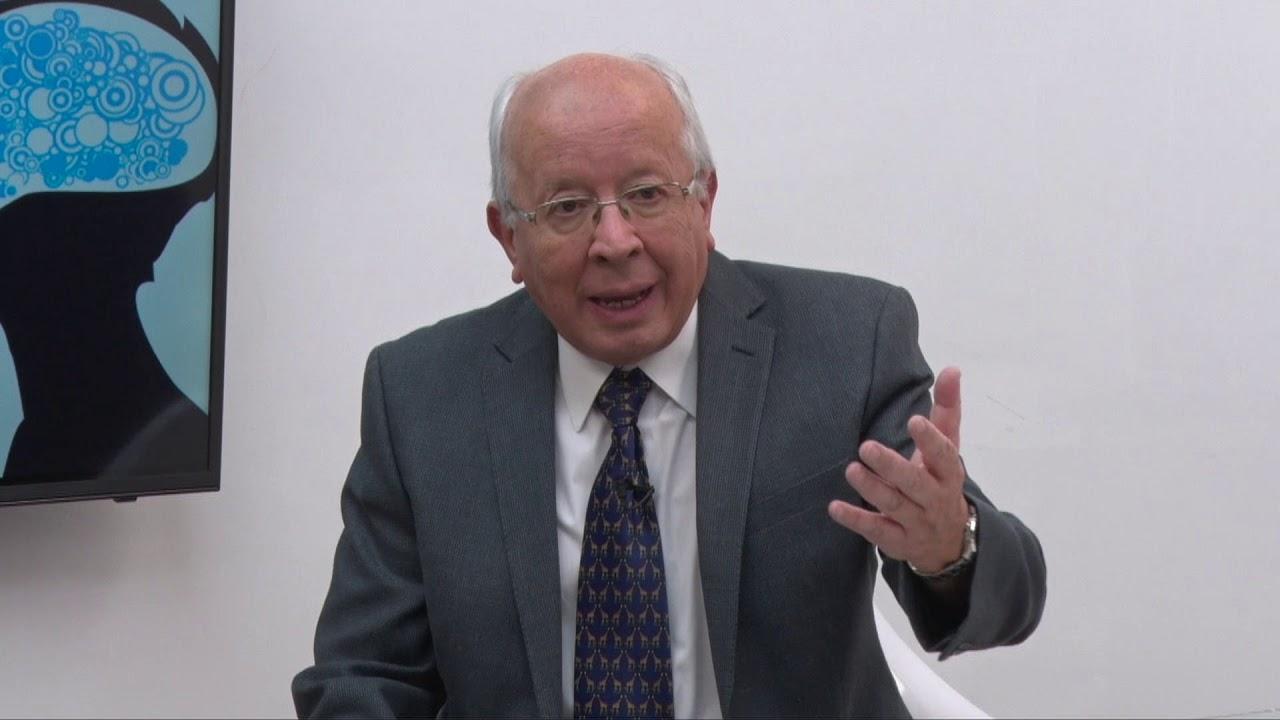 HABLANDO NOS ENTENDEMOS - INVITADO DR EMILIO IZQUIERDO TEMA MÚSICA COLONIAL QUITEÑA