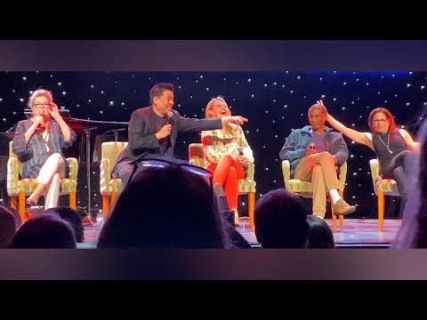 Star Trek: Voyager #1 - 25th Anniversary Reunion Panel
