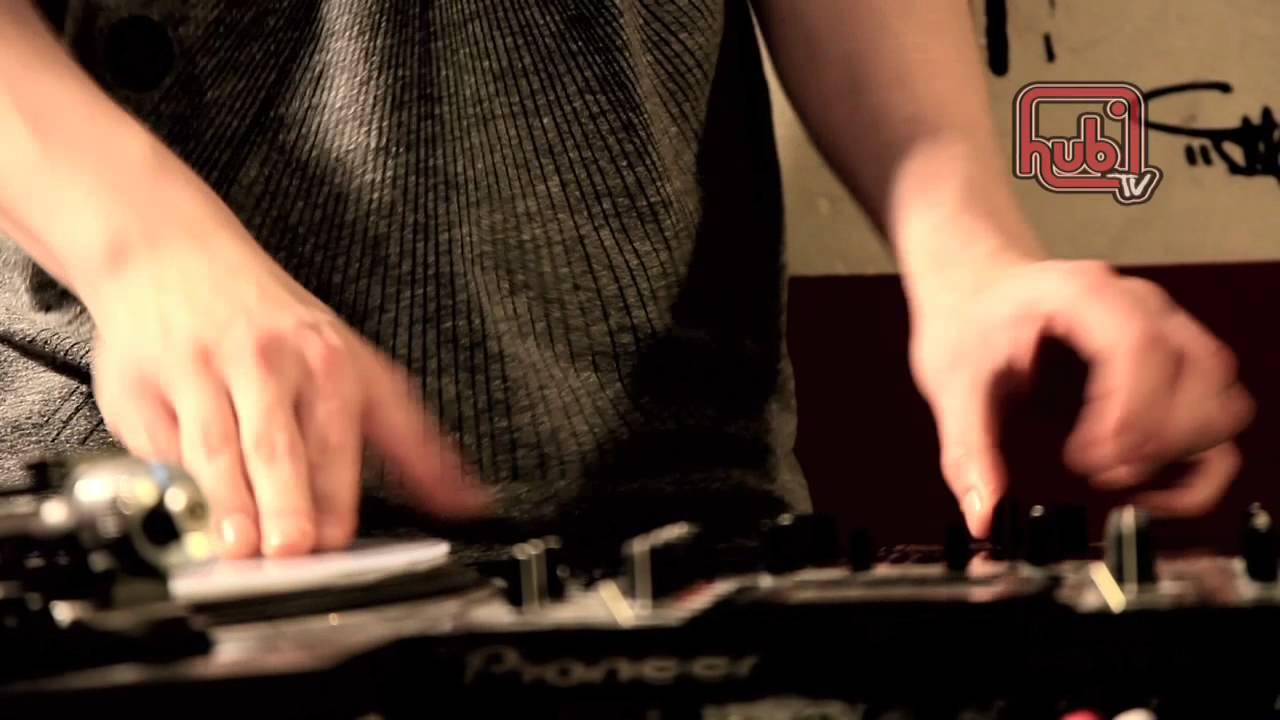 Jon1st - @ Hub Wings, HubTV 2011