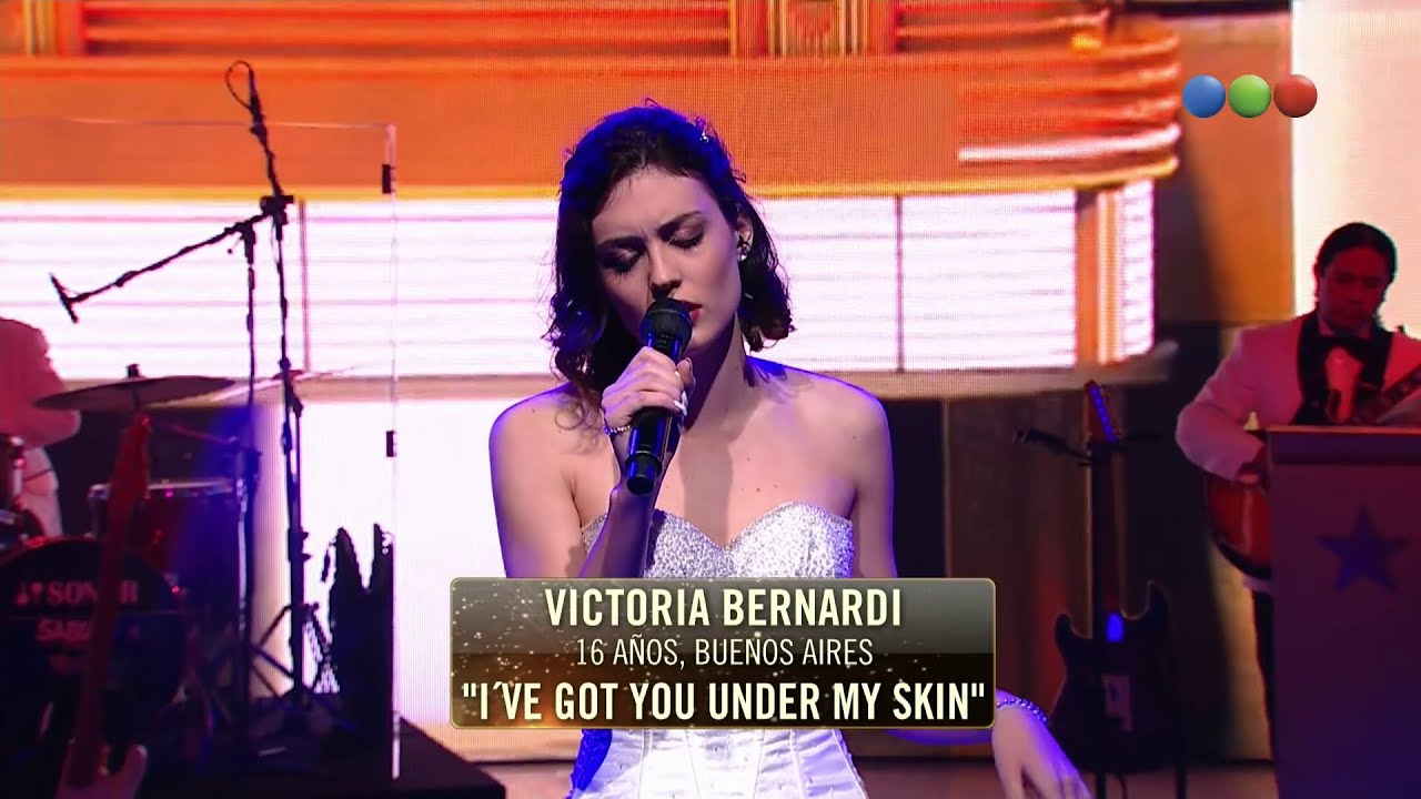 [HD] Victoria Bernardi – I've Got You Under My Skin (Elegidos) #Elegidos