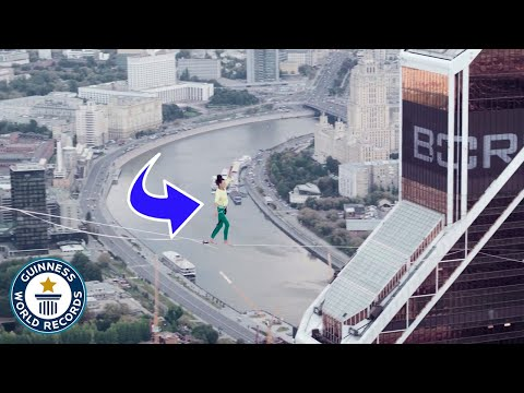 Would You Walk this 1000ft Slackline? - Guinness World Records