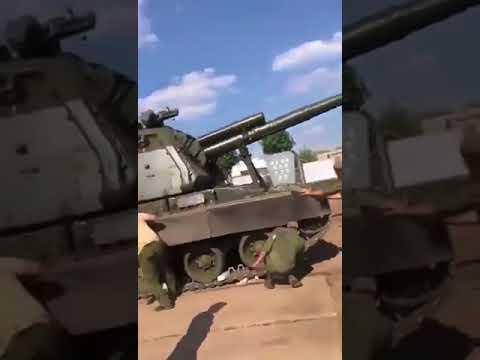 В одной из российских воинских частей забыли поставить на тормоз самоходную гаубицу «Мста»