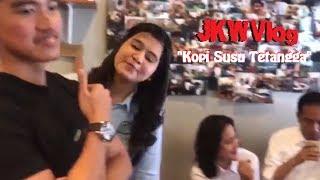 Video Kocak Saat Jokowi Nge-vlog Pesan 'Kopi Susu Tetangga' di Kedai Kopi Tuku Cipete. MP3, 3GP, MP4, WEBM, AVI, FLV Agustus 2018