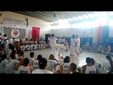 Lajedo do tabocal-BA  alunos  aprovado no exame de capoeira...Batizado e troca de cordão