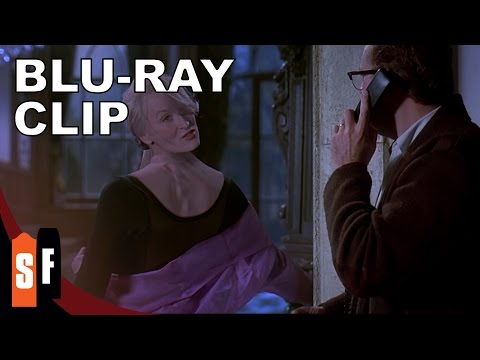 Death Becomes Her (1992) Clip 1: Something Wrong With Meryl Streep's Neck? (HD)