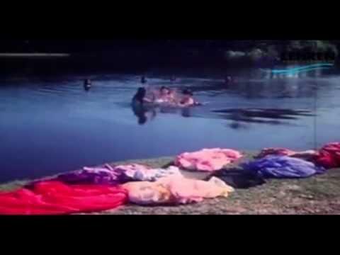 Girls Bath Scene | Thooral Ninnu Pochu | Tamil Film