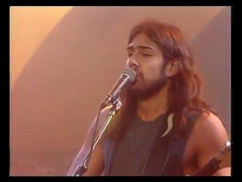 Mancha de Rolando video Pueblo latino - CM Vivo 2000
