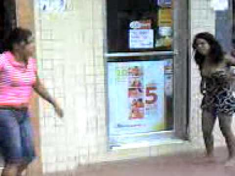 mujeres peleando un pene sps honduras.c.a