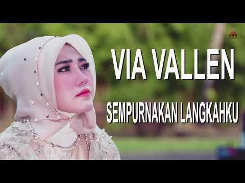 Download Lagu Via Vallen - Sempurnakan Langkahku (Official Lyric Video) Music Video