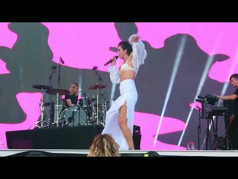 Dua Lipa – One Kiss (Live At Osheaga Festival 2018 In Montreal, Canada 05/08/2018) 4K