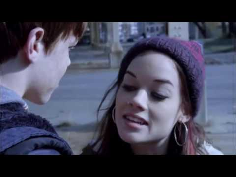Jane Levy as Mandy (3) -  Shameless season 1