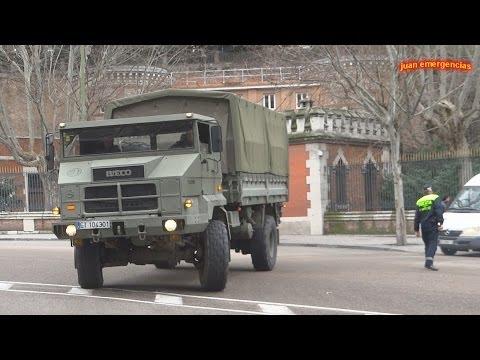 military convoy spanish royal Guard. Convoy militar de la Guardia Real saliendo del Palacio