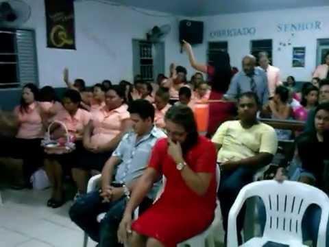 Eliane Guedes Louvando Assembleia de Deus Joaquim Curvo em Várzea Grande MT