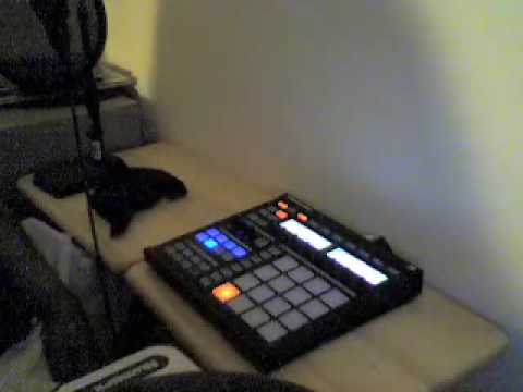 Native Instruments MASCHINE – How I add Vocals (aka the Ghetto Tutorial)