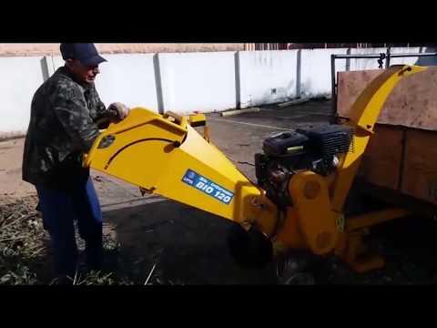 Triturador de galhos Lippel - BIO 120 - limpeza urbana e de condomínios