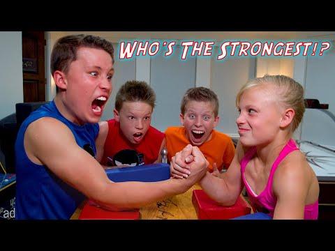 Who is the Strongest Ninja Kid? WWE SuperStar Challenge!