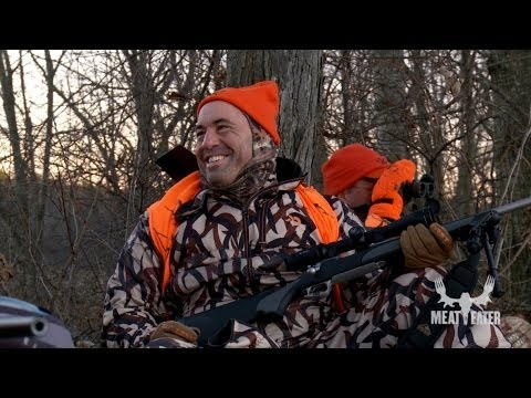 2 comedians go hunting and try not to laugh to loud