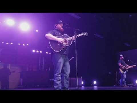 Video Luke Combs - Beautiful Crazy download in MP3, 3GP, MP4, WEBM, AVI, FLV January 2017